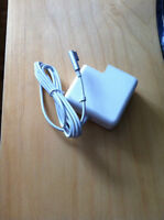 Selling a brand new 60w MacBook Pro charger!