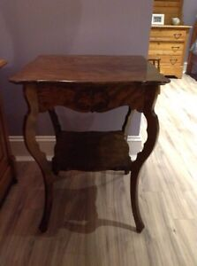 Antique table - perfect condition Kawartha Lakes Peterborough Area image 1