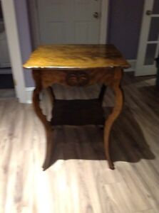 Antique table - perfect condition Kawartha Lakes Peterborough Area image 2