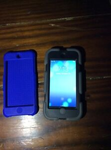 Space Grey iPod touch 6th gen 16gb with 2 Griffin cases