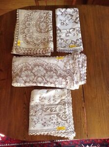 4 Matching Lace Tablecloths London Ontario image 2