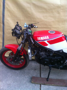 YAMAHA RZ350 86 PARTING OUT SOME PARTS WILL FIT THE 85-90 RZ350 Windsor Region Ontario image 6