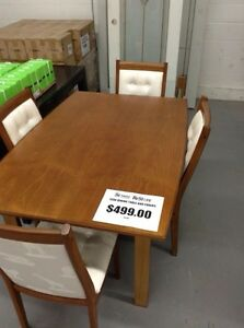 BEAUTIFUL TEAK TABLE AND CHAIRS