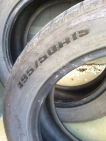 2 tyres