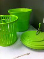 Large salad spinner, mint condition