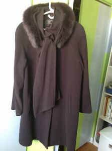 NEW WINTER COAT WITH FUR COLLAR, SIZE 16