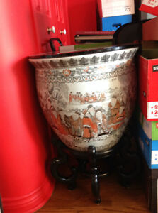 Vase Oriental avec base