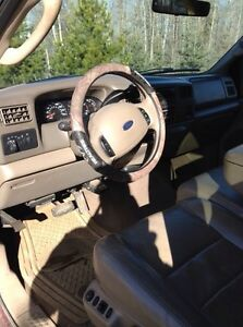 Ford Super Duty F350 V8 Fully loaded Lariat leather and 4X4 Strathcona County Edmonton Area image 8