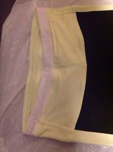 LULULEMON SIZE 2 Tights  and Stride Jacket EXCELLENT CONDITION  Kingston Kingston Area image 7