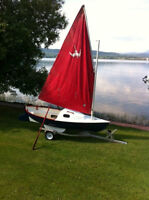 Small 15' Sailboat