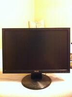 """ASUS 19"""" 720p LCD Monitor"""