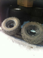 YAMAHA BLACK ITP FRONT WHEELS WITH PURE SPORTS TIRES