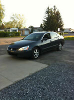 2004 Honda Accord Berline 4500$ NÉGO