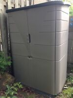 Rubbermaid Large Vertical Storage Shed 4.5X2X6feet