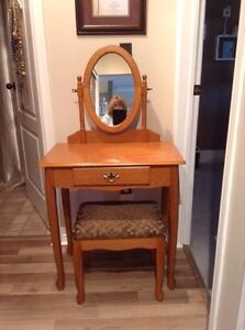Make up table and bench
