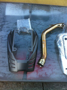 TRIUMPH DAYTONA 675 2006-08 OEM EXHAUST CAN, HEAT SHIELD & ELBOW Windsor Region Ontario image 2