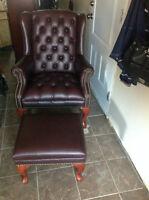 pouf avec chaise capitoner