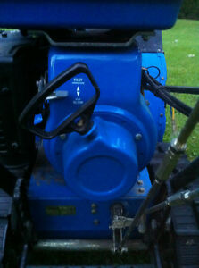 YAMAHA SNOWBLOWER THROWER YS624 WITH  STEEL TANK AND TRACKS Windsor Region Ontario image 7