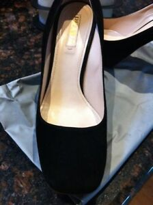 Stunning Authentic Prada Shoes Heels Size 37.5 $950.00 Bargain Mentone Kingston Area Preview