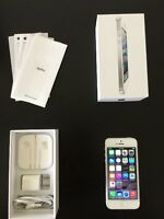 White iPhone 5,16gb Perfect Condition 10/10. BELL/VIRGIN mobile.