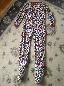 Adult onesie with feet!!!!!
