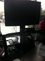 "42in"" FLAT SCREEN 1080p & Glass Tv Stand"