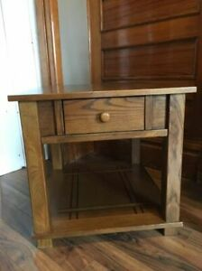 End Table Solid Wood - oak