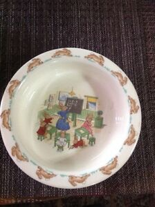 VINTAGE ROYAL DOULTON BUNNYKINS LIPPED CEREAL BOWL (CLASSROOM. S