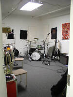Rehearsal Studio Local de Repetition PAPINEAU jam space MARSONIC