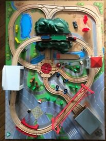 ELC train table and train set for sale £25