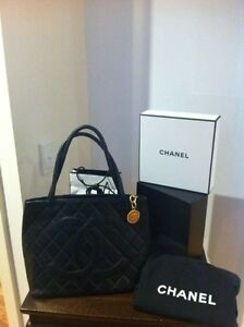 Auth Chanel Medallion Quilted Lamb 24k Tote Bag Vintage Pre-Loved Hampton Bayside Area Preview