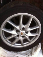Porsche Cayenne tires 19in, mags, bolts, caps