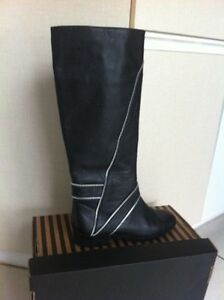 Michael Kors Leather Boots Size 6