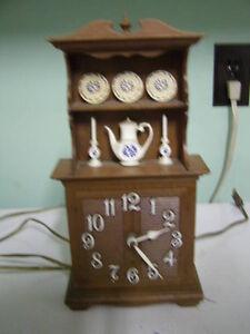 Vintage 1972 Spartan  Clock