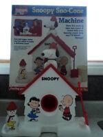 * SNOOPY SNOW CONE MACHINE * CIRCA 1970-80's * BOXED * pst # 81