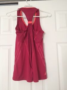 Adidas running top size small Belleville Belleville Area image 2