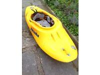 Pyranha sub 6 kayak