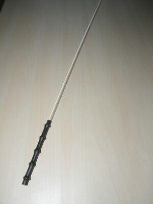 Acrylglas Rohrstock. 8 mm Ø, farblos, mit 5 Ring Gummigriff, Hypoallergen