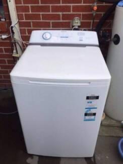reasonable looking / large 9.5 kg simpson top washing machine , c