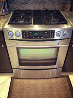 Jenn Air Stainless Steel Dual Fuel (Gas Range & Electric Oven) w