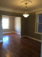 2 Bd, 1000 sqft, 2 floors, separate living and dining rooms!