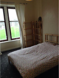 Large room available in newly refurbished flat :)