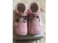 Brand new clarks first shoes size 5 h