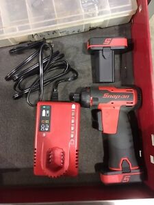 Snap On 14.4 micro lithium screwdriver