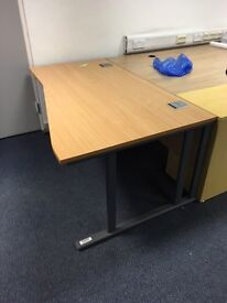 Super clearance 1 x great quality office drop price desks on clearance @ just £25 each