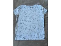 Bershka T-shirt Size Medium