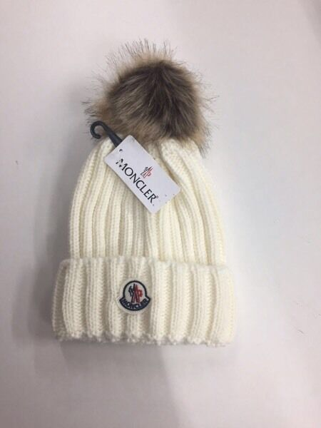 Moncler woolly winter hats