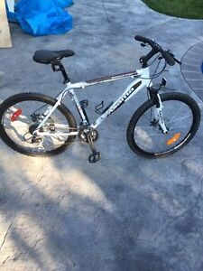 Asama Outback Trail Mountain Bike