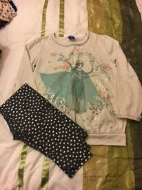 Girls Frozen outfit 8-9 years