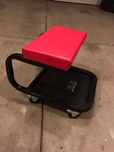 Rolling Tool stool (NEW)